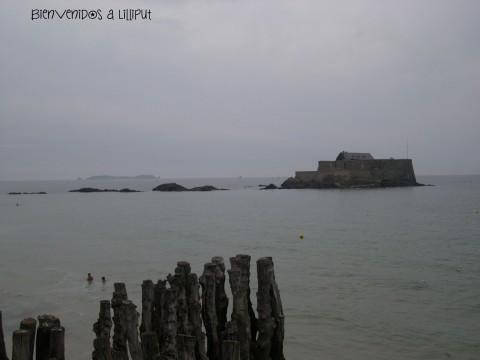 Fuerte Nacional con marea alta
