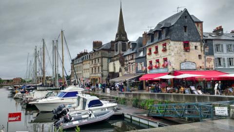 Puerto de Honfleur, Nrmandia, Francia